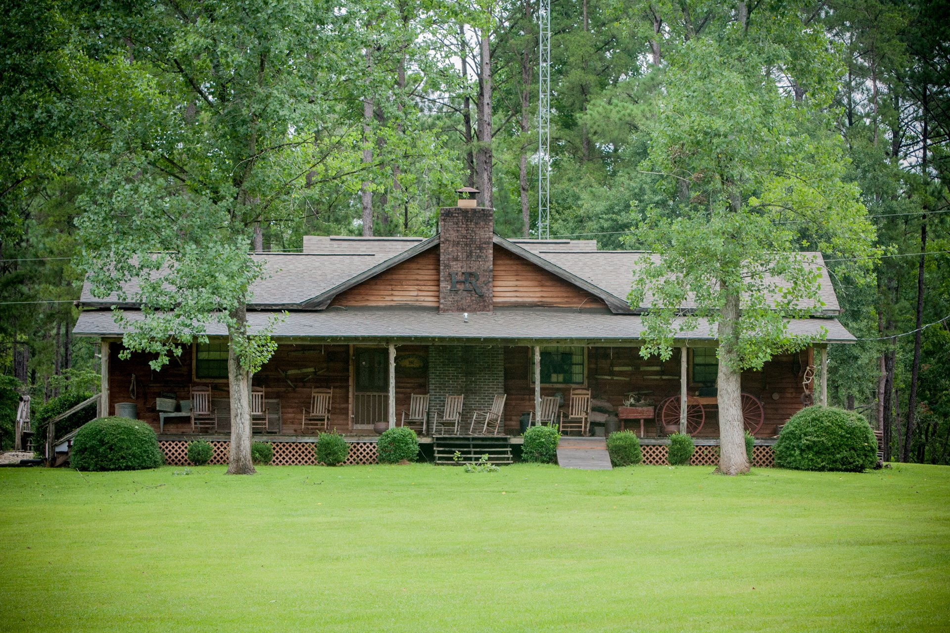 Hawkins Ridge Alabama hunting lodge